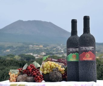 Vesuvio and bottle lava stone
